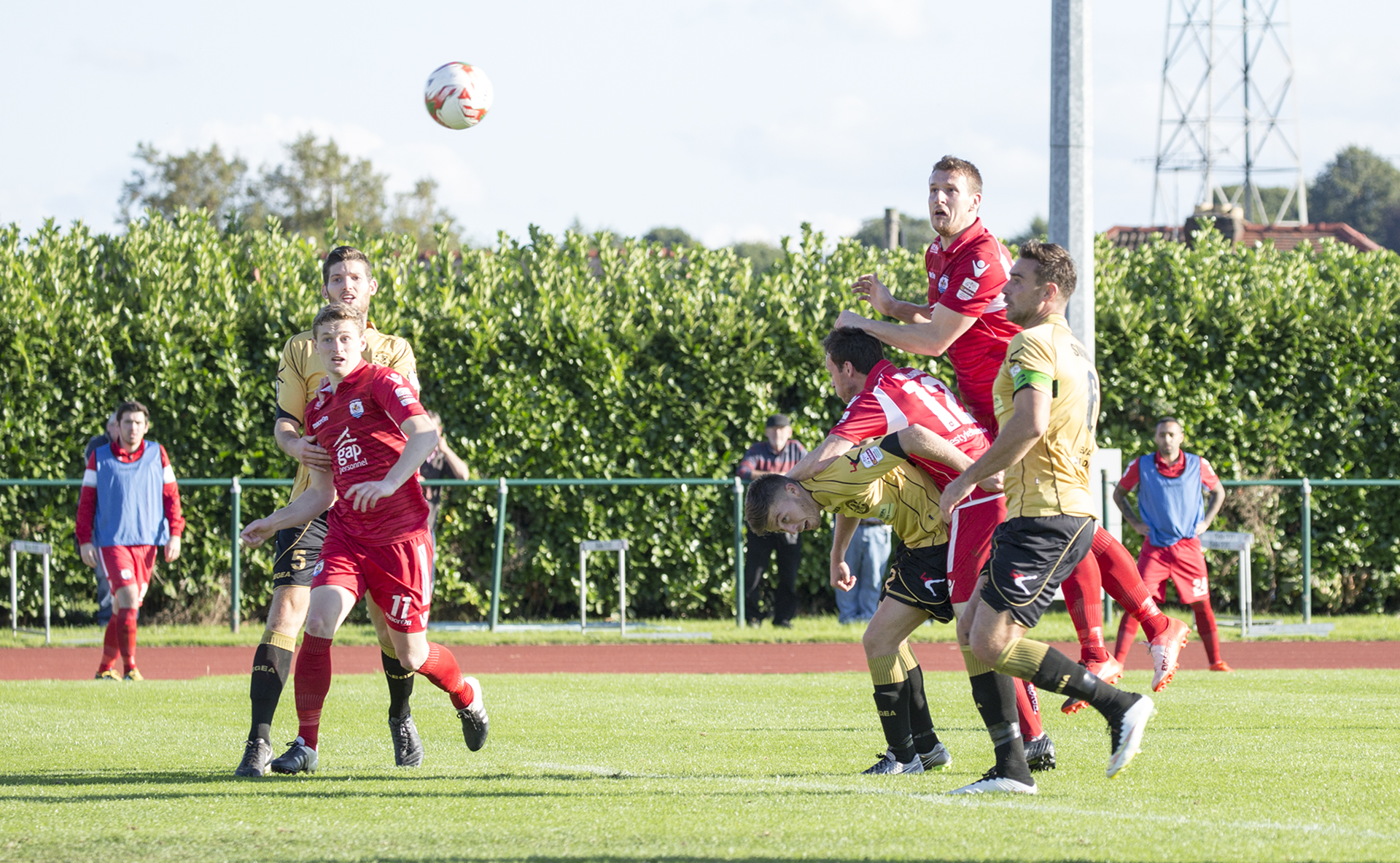 Les Davies heads on target for The Nomads - © NCM Media