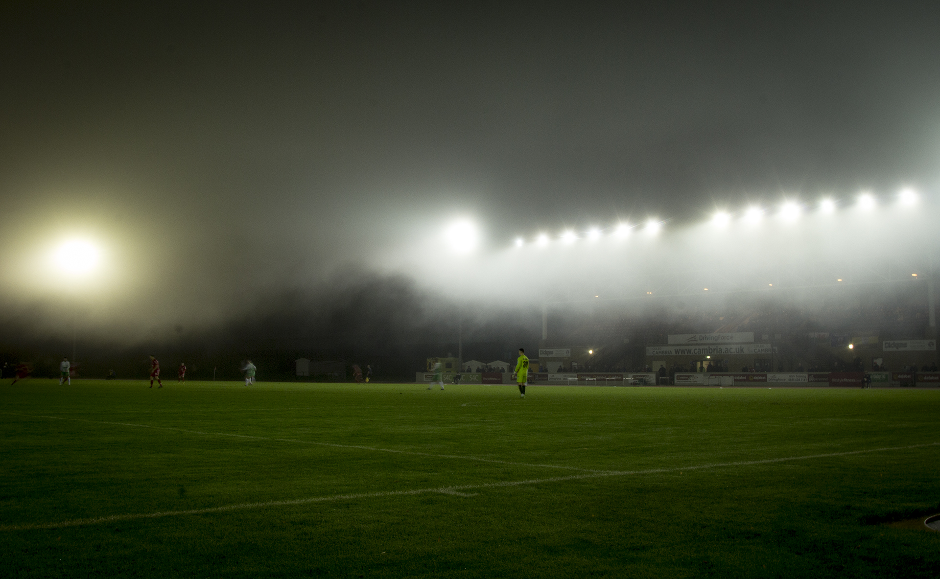 Heavy fog sets in at Deeside Stadium before the game is adandoned - © NCM Media 2016