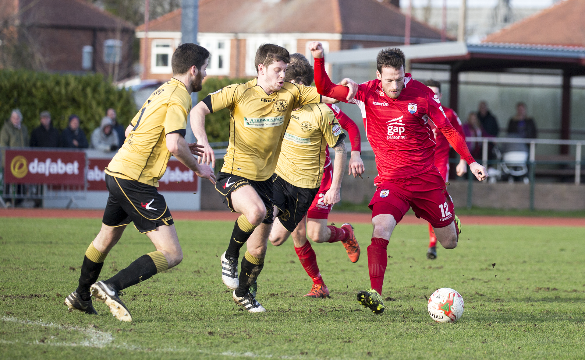 Matty Williams goes on the attack for The Nomads - © NCM Media
