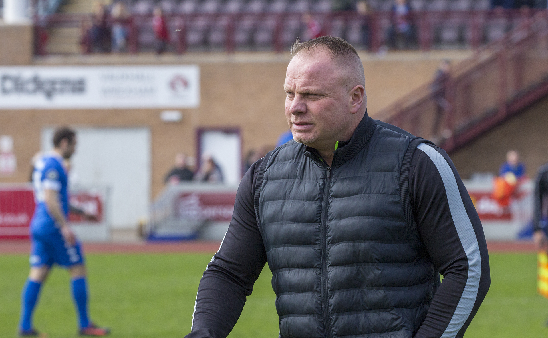 Andy Morrison photographed ahead of kickoff between The Nomads and Bangor City - © NCM Media