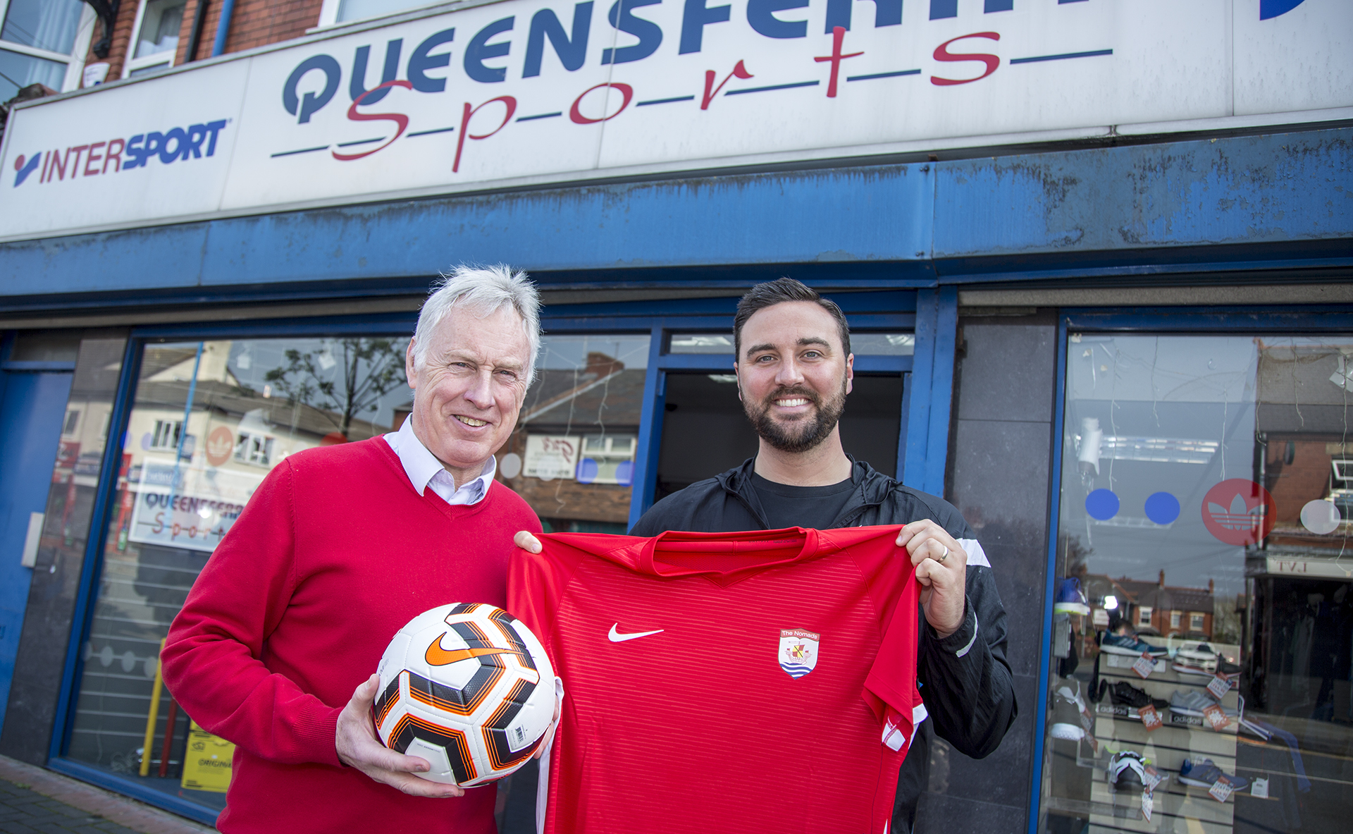 Gary Owen (left) of Queensferry Sports with Director of Football Jay Catton