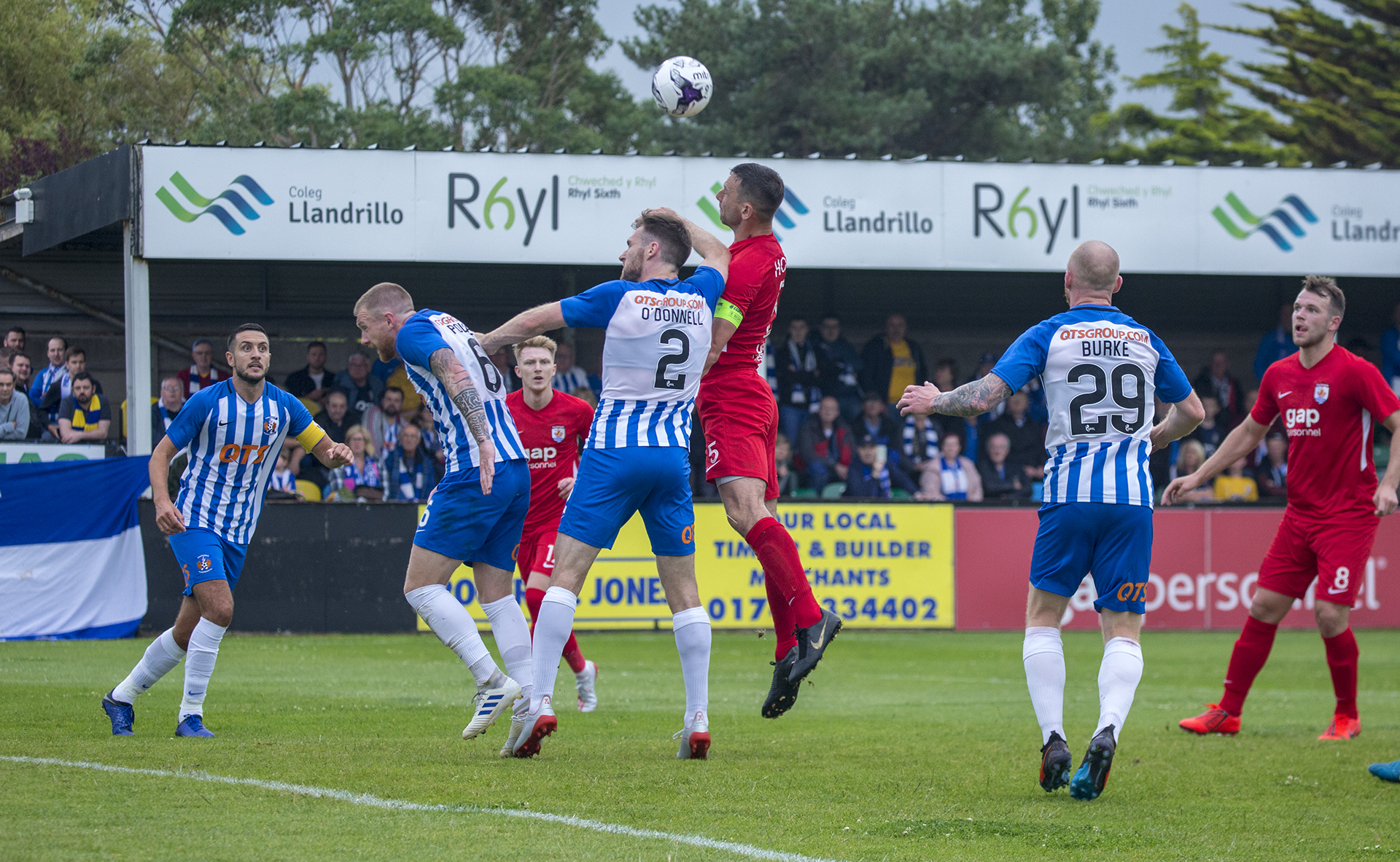 George Horan challenges for a header in the first half | © NCM Media