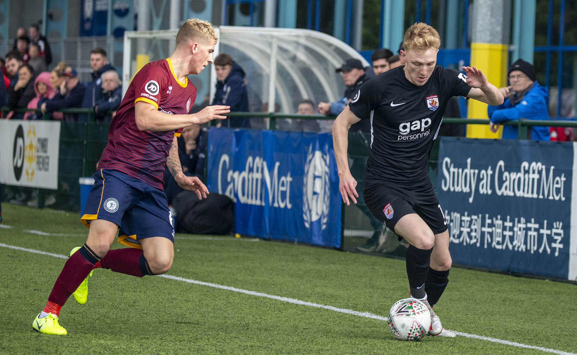 Declan Poole goes on the offensive in the first half | © NCM Media
