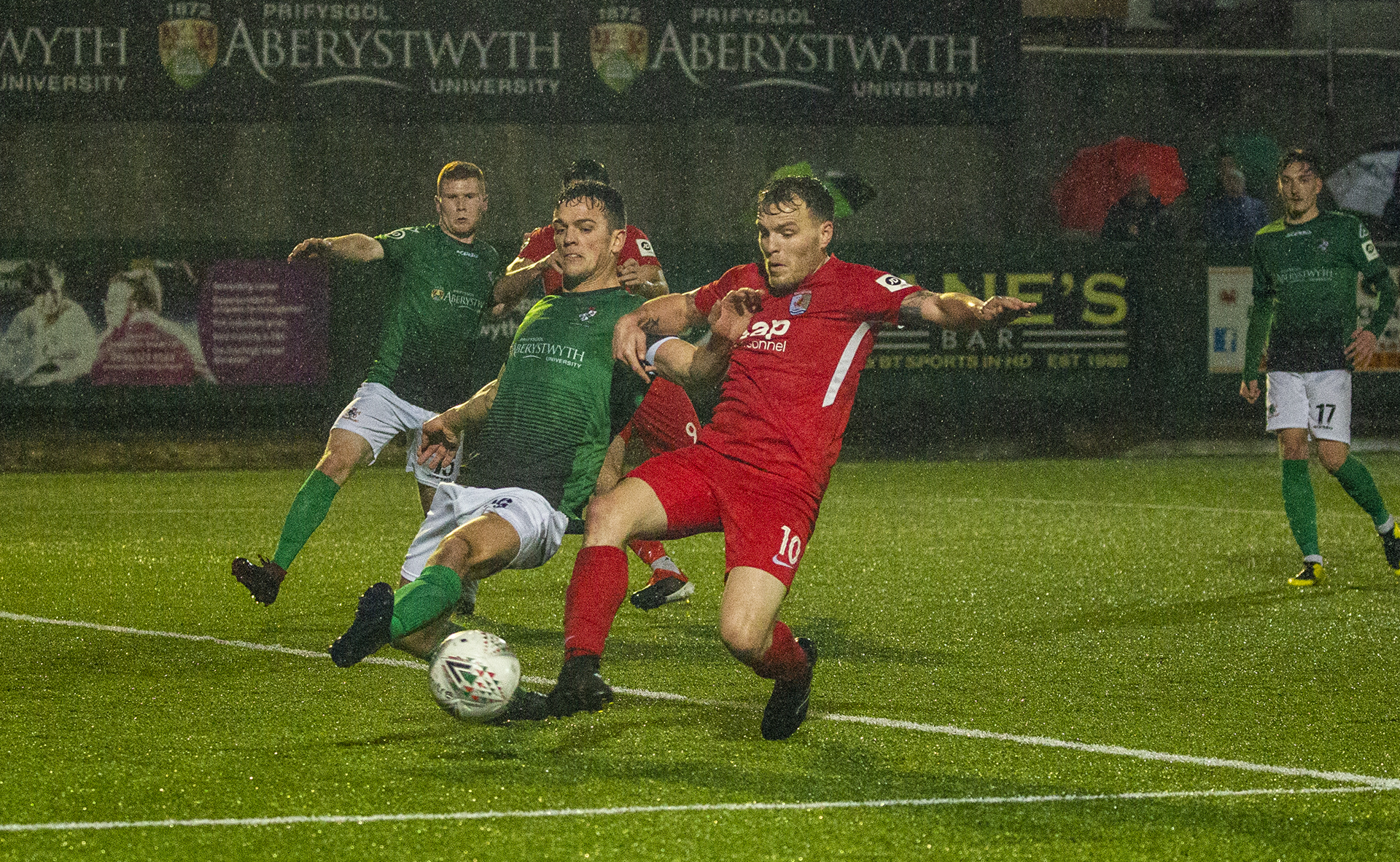Nomads stay unbeaten with draw at Seasiders